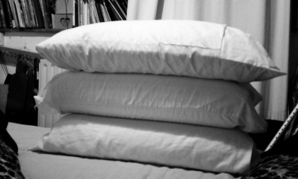 pillows for elevating after TKR