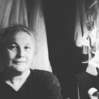 Jenny Meehan Artist Designer selfie in studio tent/necessity is the mother of invention ©Jenny Meehan jennymeehan jennyjimjams in jennymeehan.wordpress.com